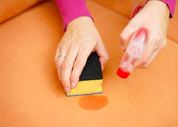 Как избавиться от пятен с мебели